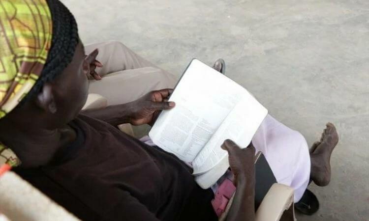 Mulheres e crianças cristãs vivem com medo da ação de extremistas no Sudão do Sul