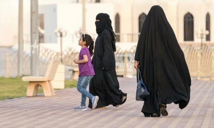 Mulheres da Arábia Saudita têm os direitos negados pelas leis governamentais