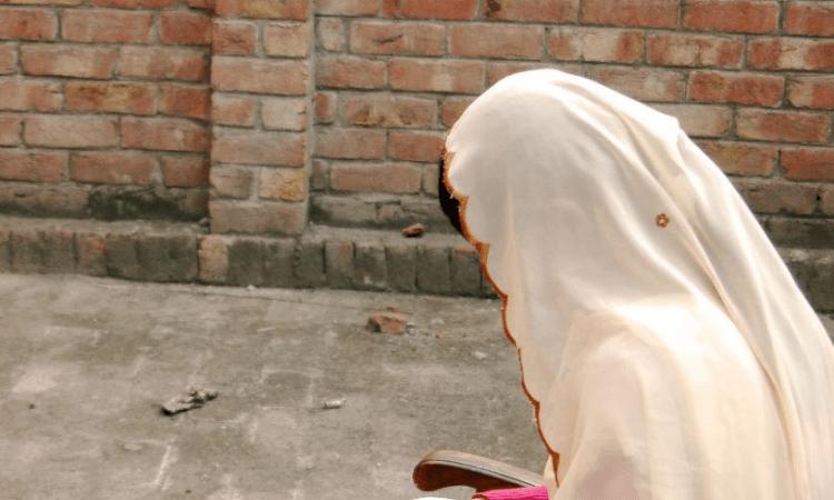 Anualmente, diversas mulheres passam pelo trauma do sequestro e conversão forçada no país (foto representativa)