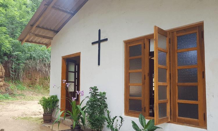 Os budistas radicais visam enfraquecer a igreja liderada pelo pastor Nalaka no Sri Lanka